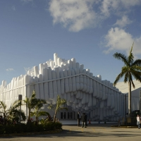 עיצוב מחדש של מבנה תערוכת העיצוב במיאמי