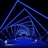 מראה פוטוריסטי של גשר חדש