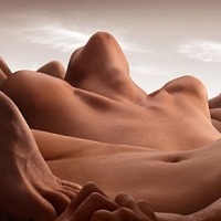 נוף גוף אנושי בצילומים אינטימיים..